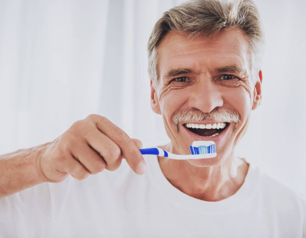 Whitening Your Teeth After Dental Bonding